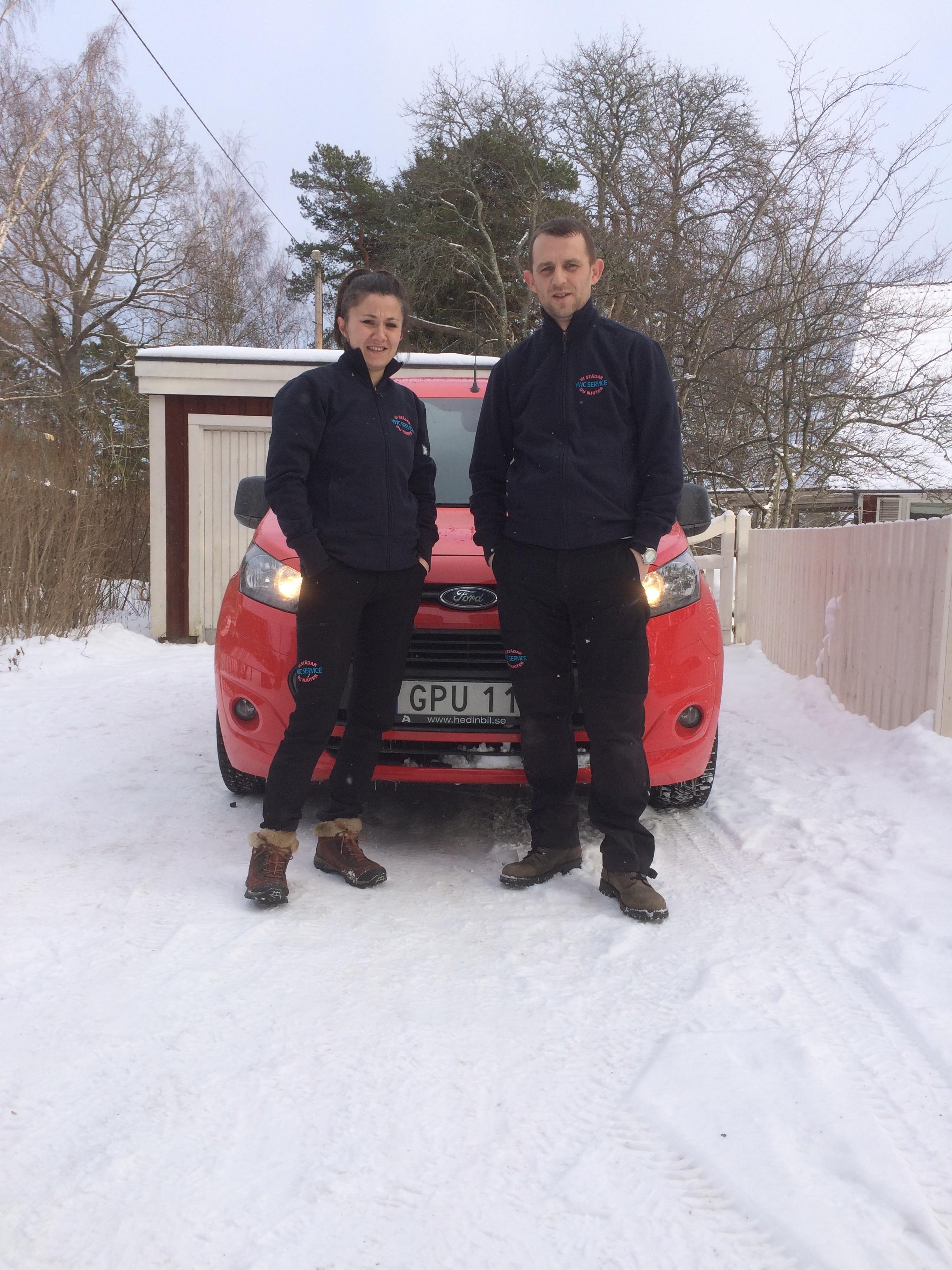 YWC Service - Vedran och Jelena